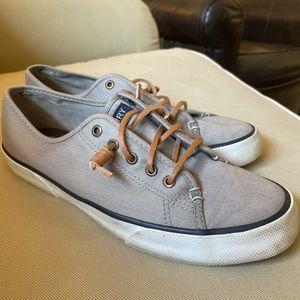 Sperry Pier View Gray Canvas Slip-on Sneaker  8.5